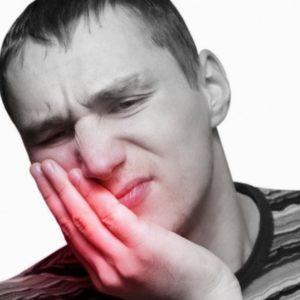 Μήπως οι παθολόγοι συνταγογραφούν αντιβιοτικά για την οδονταλγία που δεν είναι αναγκαία;